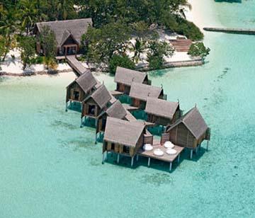 Constance Hôtel Moofushi Resort 5 étoiles